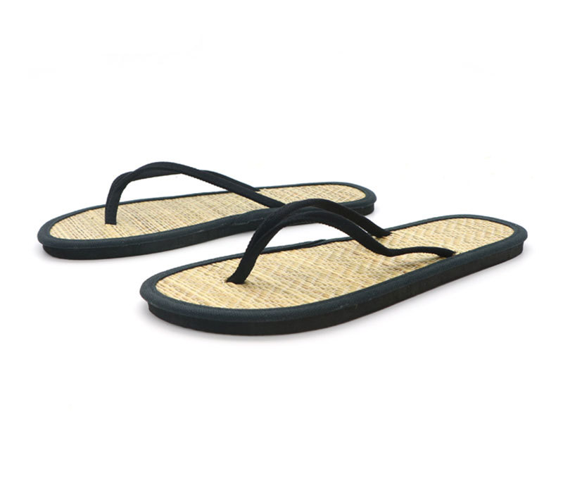 Simple Comfort Eco-friend Cream Straw Slippers Wholesale