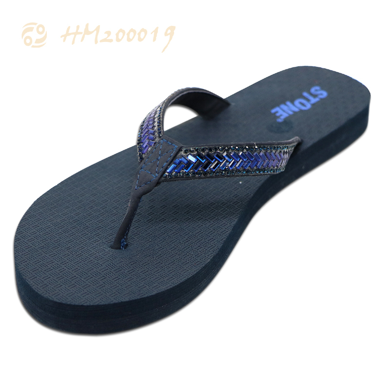 Latest ladies leather flip flops factory price