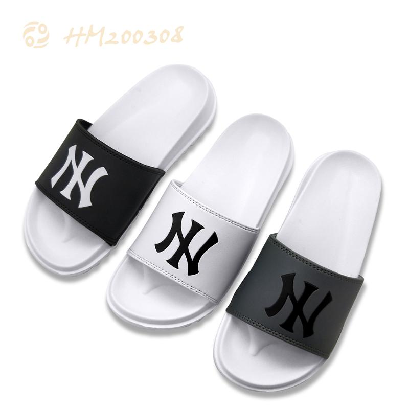 2021 New Men Slipper Slides Leather Light Sandals for Male