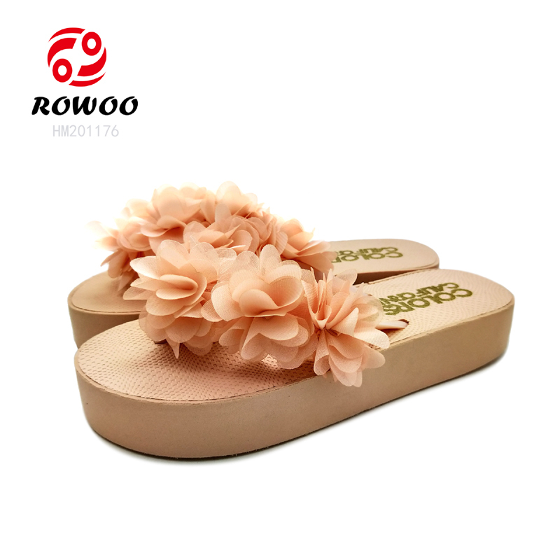 Latest design flower upper platform outsole light sandal for women